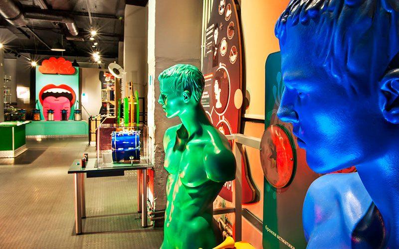 Экспонаты музея Живые системы