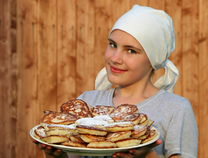 pancakes_cook_cakes_hash_browns_shawl_bakery_shop_girl-585969